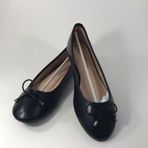 Monroe & Main Bow Ballet Flat; Black; size 8.5